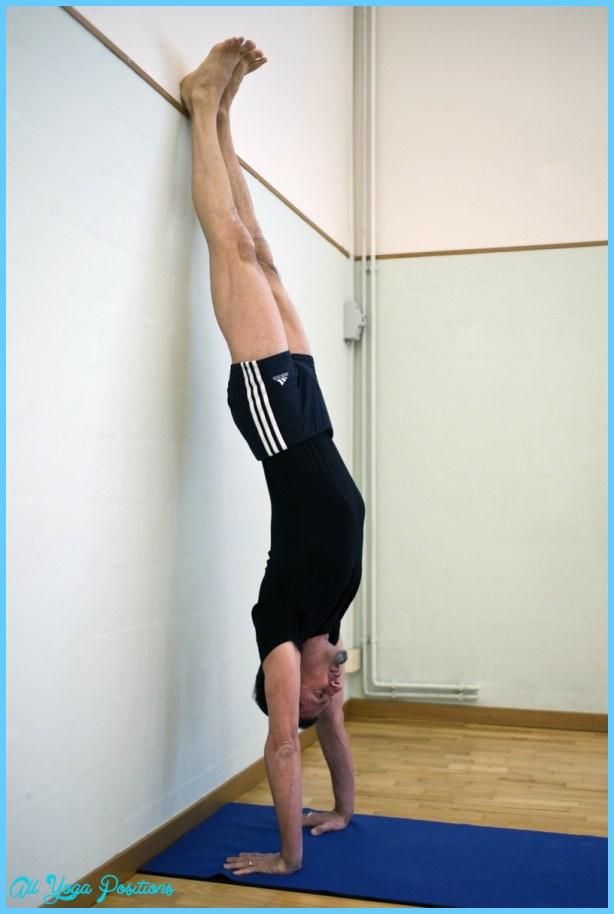 Adho Mukha Vrksasana Yoga_7.jpg