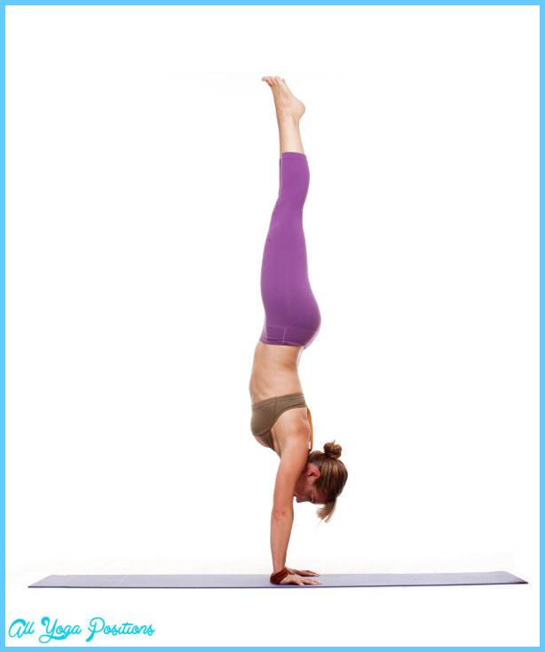 Adho Mukha Vrksasana Yoga_8.jpg
