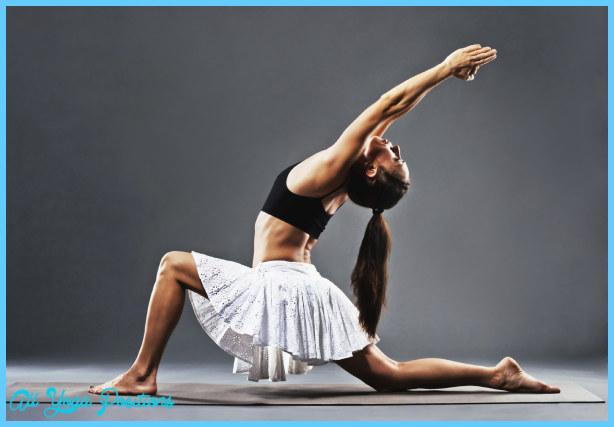 Anjaneyasana Pose Yoga_30.jpg