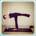 Ardha Chandrasana Pose Yoga_29.jpg