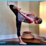 Ardha Chandrasana Pose Yoga_35.jpg
