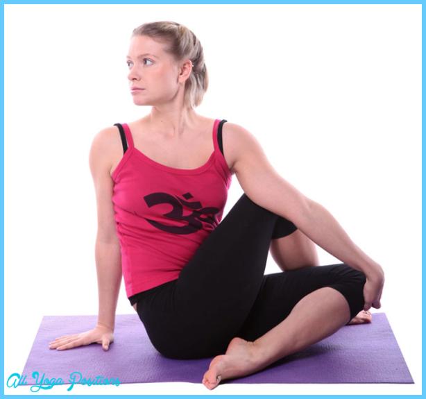 Ardha Matsyendrasana Pose Yoga_38.jpg