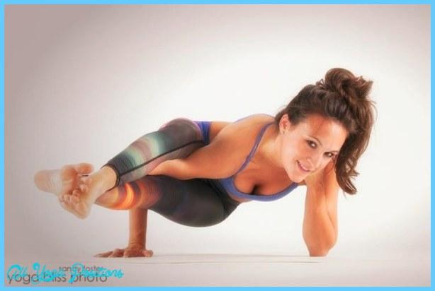 Astavakrasana Pose Yoga_4.jpg