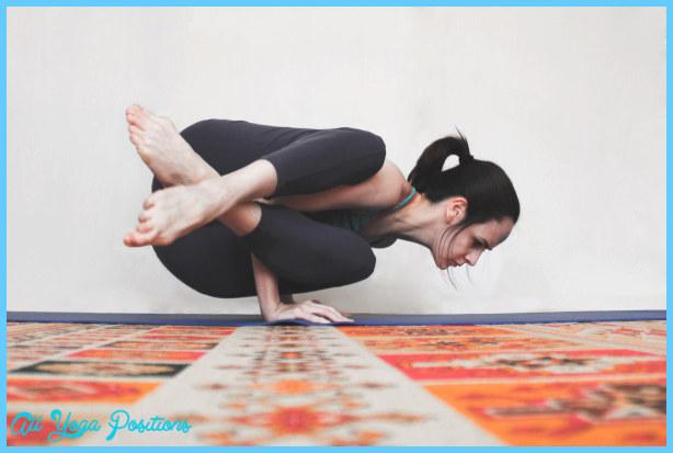 Astavakrasana Pose Yoga_5.jpg