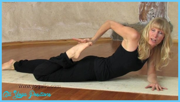 Bhekasana Pose Yoga_10.jpg