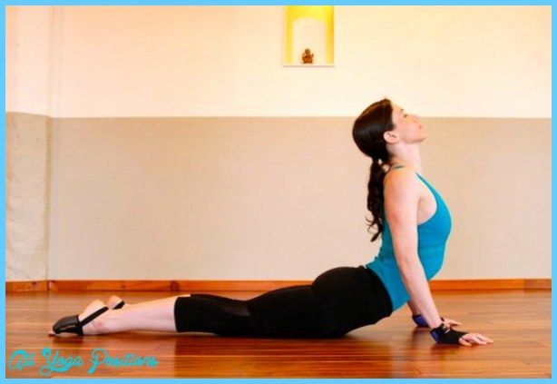 Bhujangasana Pose Yoga_25.jpg
