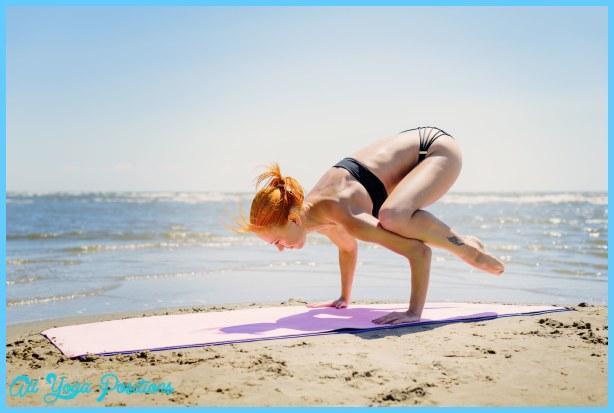 Bhujapidasana Pose Yoga_7.jpg