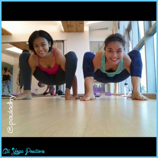 Bhujapidasana Pose Yoga_8.jpg