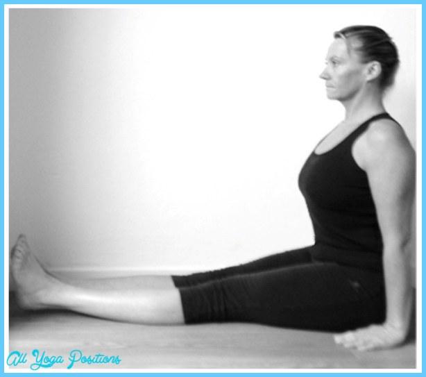 File:Dandasana yoga posture.jpg - Wikimedia Commons