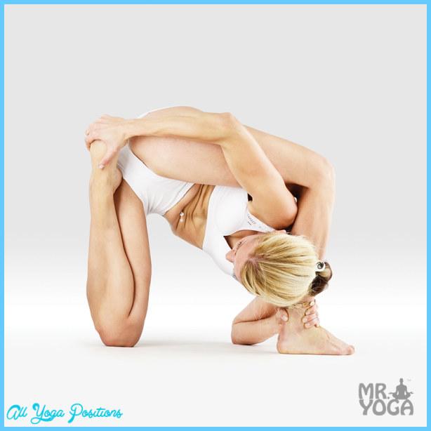Ear Pressure Pose Yoga_19.jpg