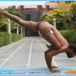 ... Flying pigeon pose [Eka pada galavasana] » 2/3 » Yoga Pose Weekly