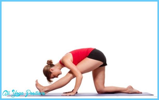 Yoga Poses Every Runner Should be Doing   Valerie Latona
