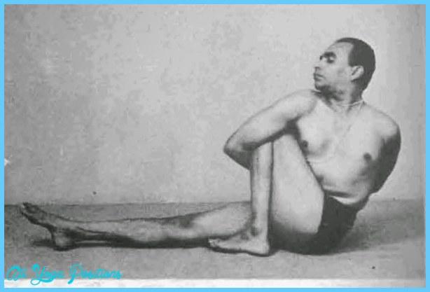 Marichyasana III (Iyengar) | Prana Prana Yoga | Clases particulares y ...