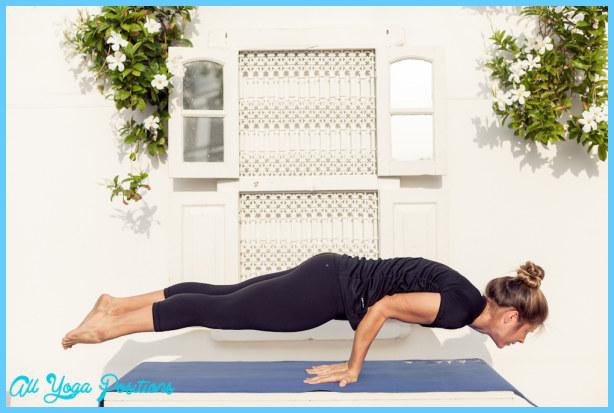 Mayurasana (peacock pose), yoga for detoxification