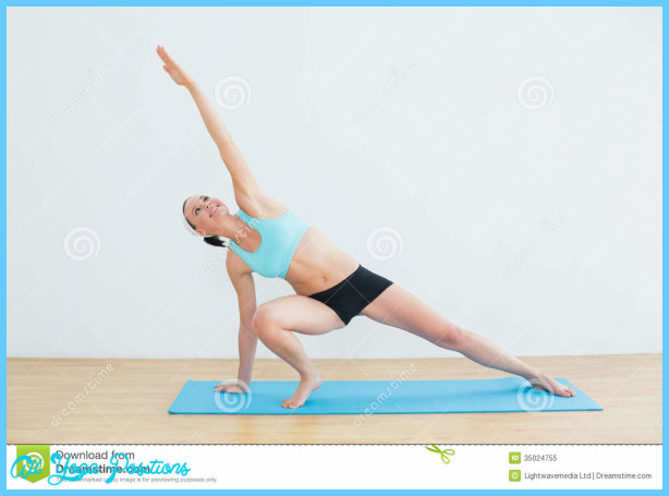 Side Plank Pose Yoga_34.jpg