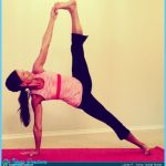 Side Plank Pose Yoga_9.jpg