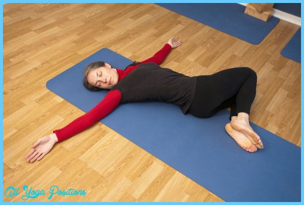 Supine Spinal Twist_11.jpg