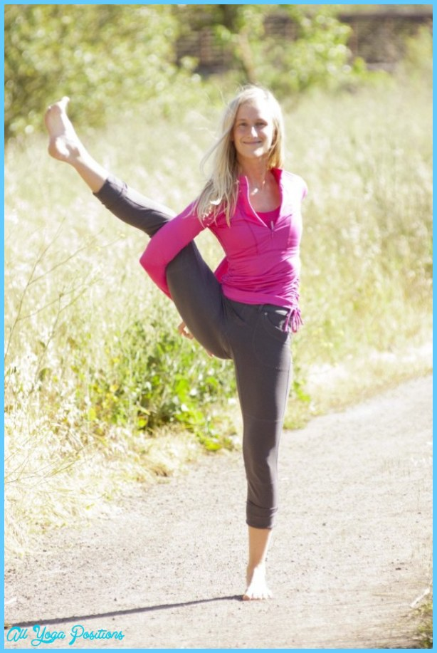 ... Bird of Paradise Pose (Svarga Dvidasana) » 4/5 » Yoga Pose Weekly