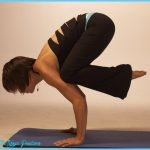 Yoga crow pose  _2.jpg