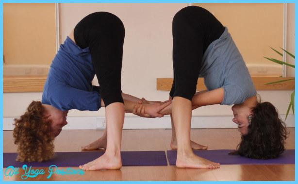 Yoga poses 4 person _1.jpg