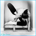 Yoga poses arm balances _18.jpg