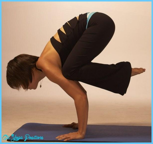 Yoga poses crow _7.jpg