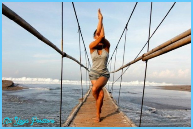 Yoga poses eagle _5.jpg
