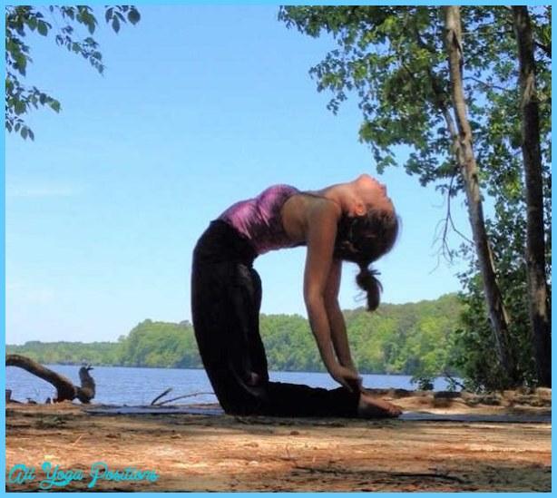 Yoga poses for 4th chakra _44.jpg