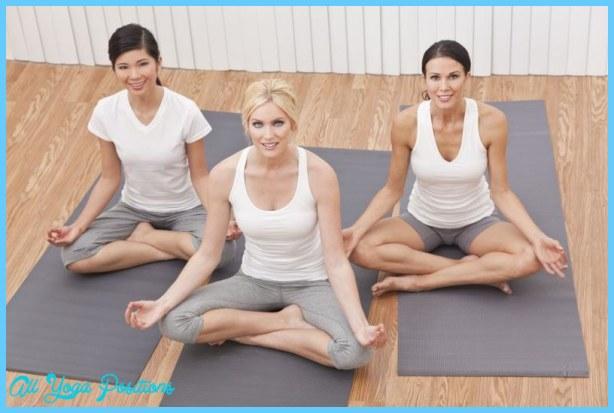 Yoga poses for postnatal weight loss _10.jpg