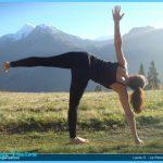 Yoga poses half moon _27.jpg