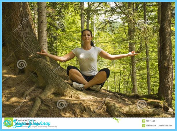 Yoga poses nature  _10.jpg