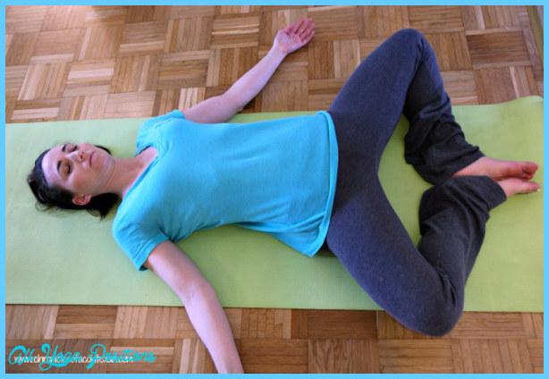 Yoga poses nausea  _0.jpg