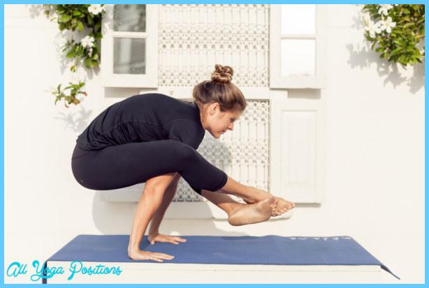 Yoga poses on hands _0.jpg