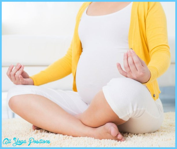 Yoga poses pregnancy _8.jpg