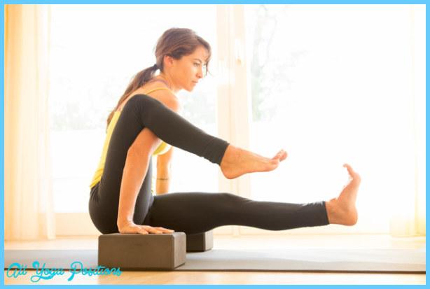 Yoga poses with blocks  _1.jpg