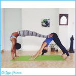 Yoga poses with friends _4.jpg