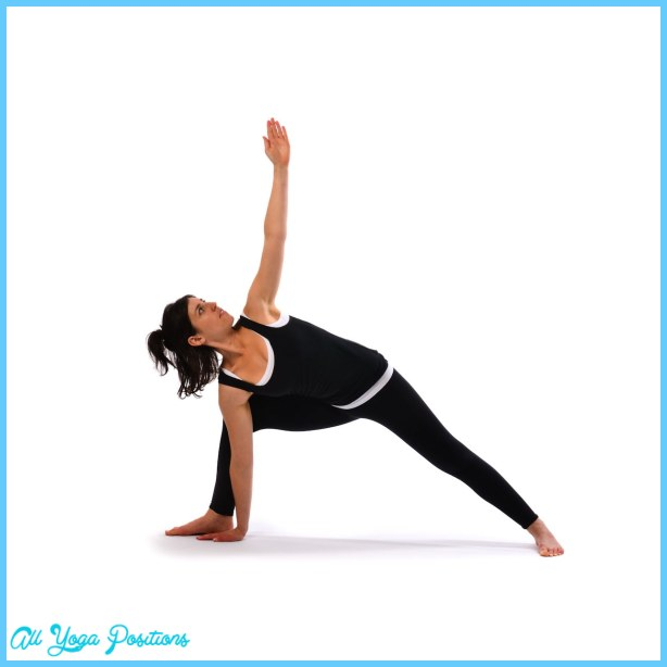 Extended Triangle Pose Yoga _12.jpg