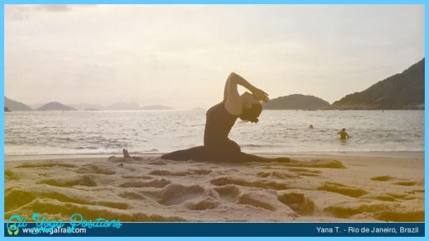 Monkey Pose Yoga _16.jpg