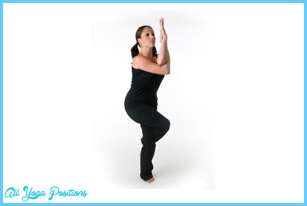 Yoga eagle pose _5.jpg