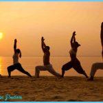 Yoga on the beach _2.jpg