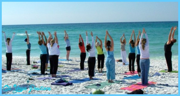 Yoga on the beach _9.jpg