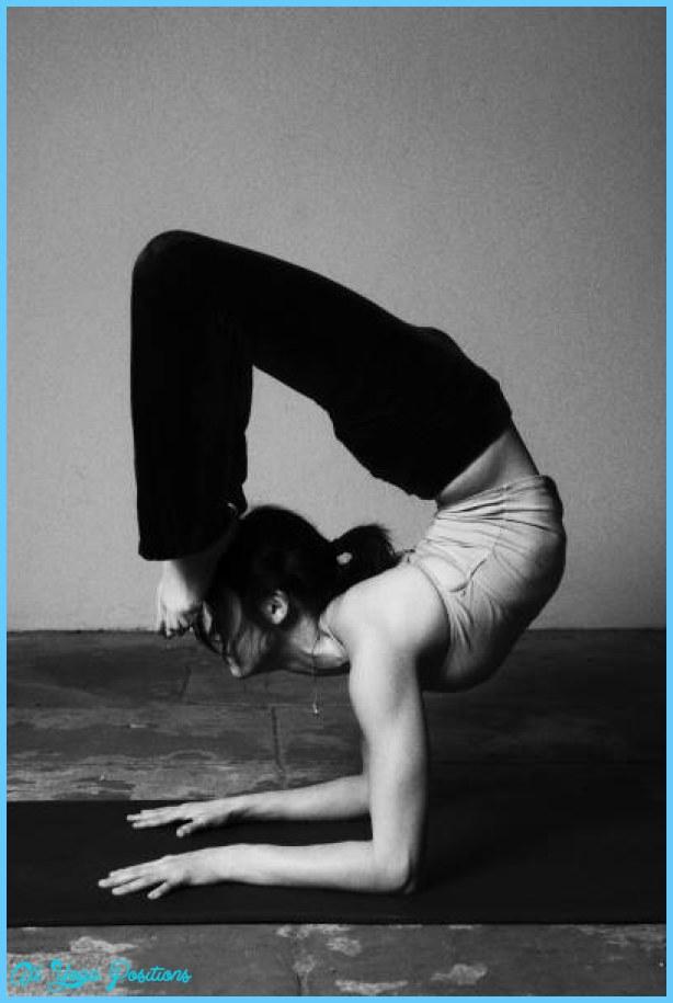 ashtanga_yoga_58674521.jpg
