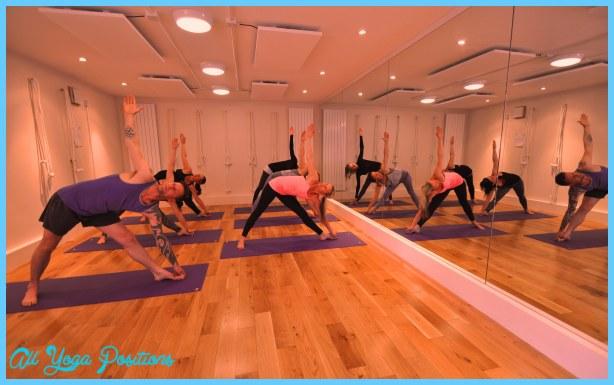Group-hot-yoga.jpg