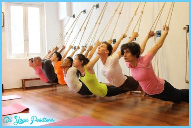 iyengar-yoga-accesorios.jpg
