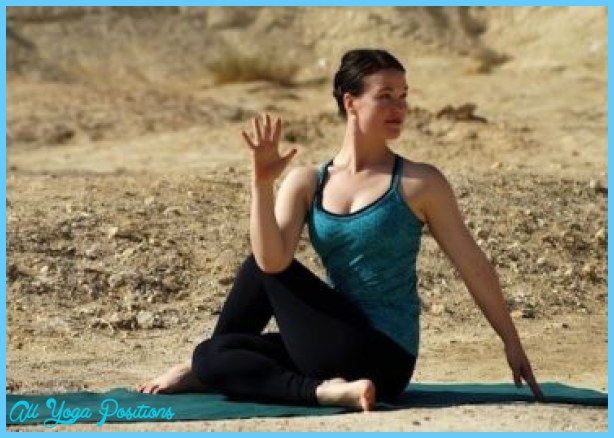8 Yoga Poses To Help Your Neck_9.jpg