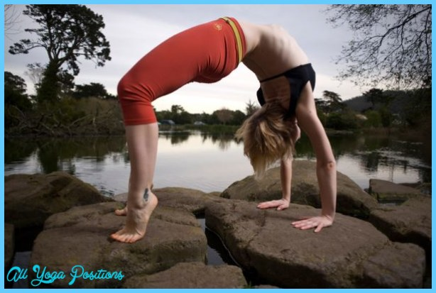 Easy Yoga Poses And Their Benefits _16.jpg