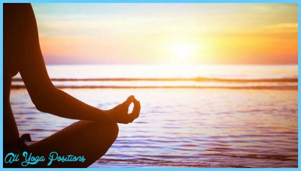 Yoga At Kapiolani Park _1.jpg