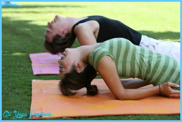 Yoga At Kapiolani Park _13.jpg