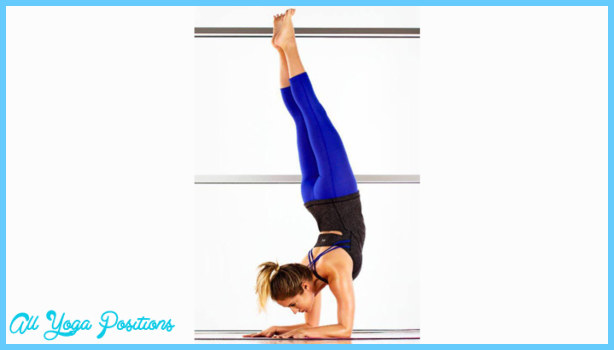 Yoga Poses Not To Do While Menstruating _19.jpg