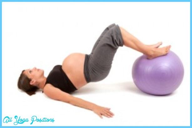 Yoga Ball Pregnancy Exercises_13.jpg